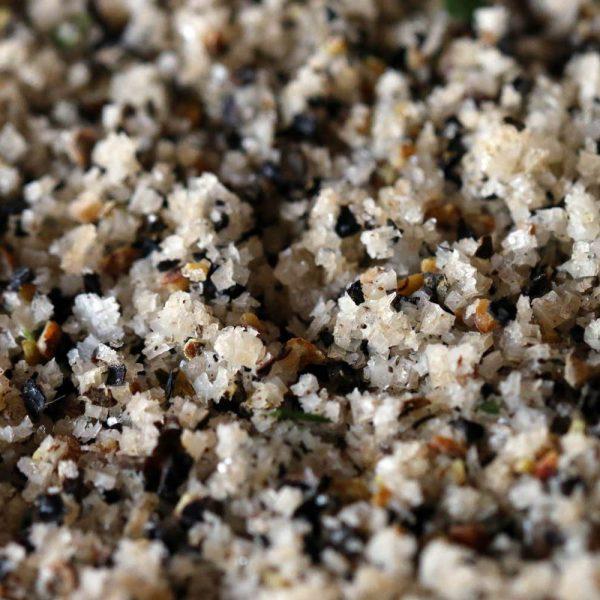 Fleur de sel de l'Île de Ré au Poivre Noir concassé